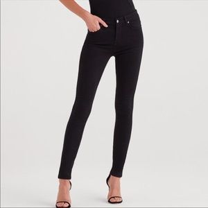 """7 For all Mankind """"The Skinny """" in black"""